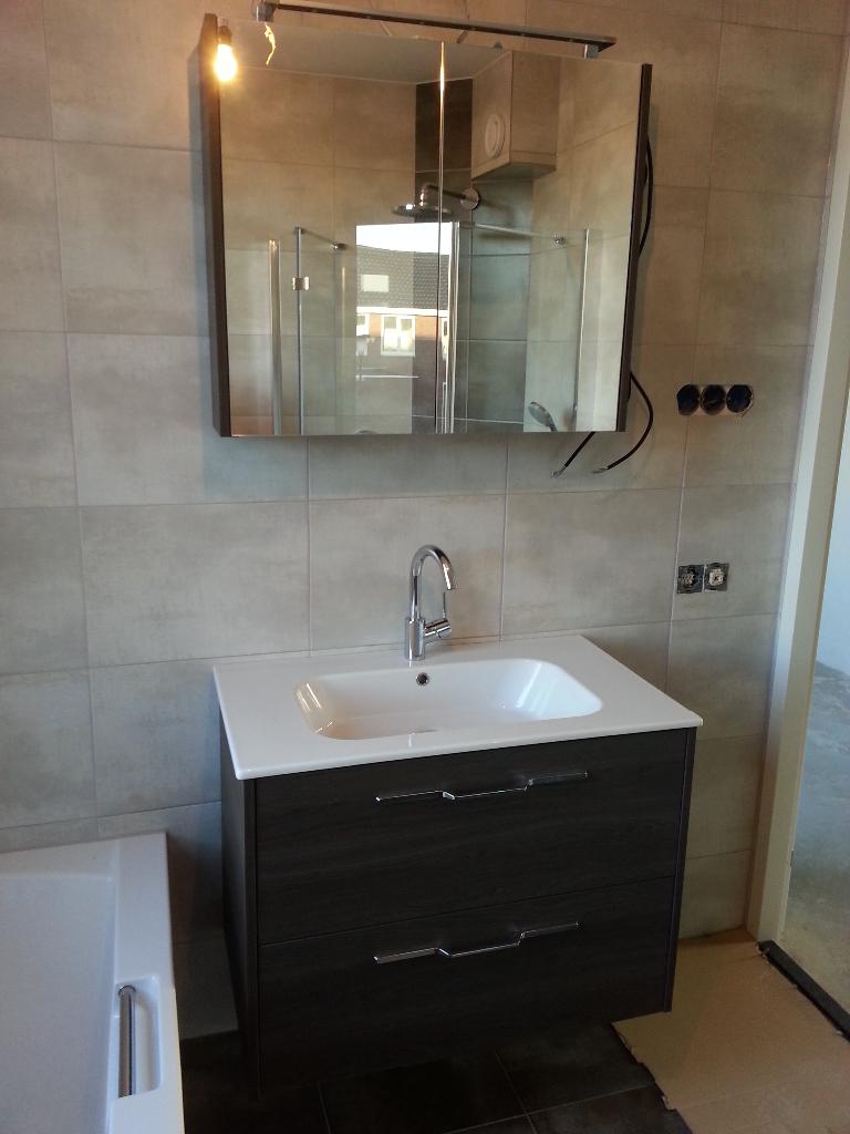 Jaloezieen Voor Badkamer ~ Badkamer, deuren, kasten en vooruitzichten  Wieringenlaan